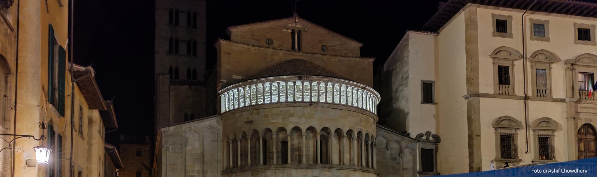Piazza Grande, retro della Pieve